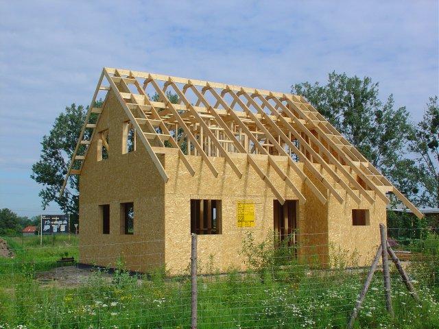 Budowa domu w Golędzinowie